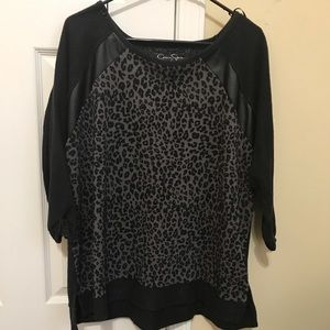Jessica Simpson sweatshirt used in good condition